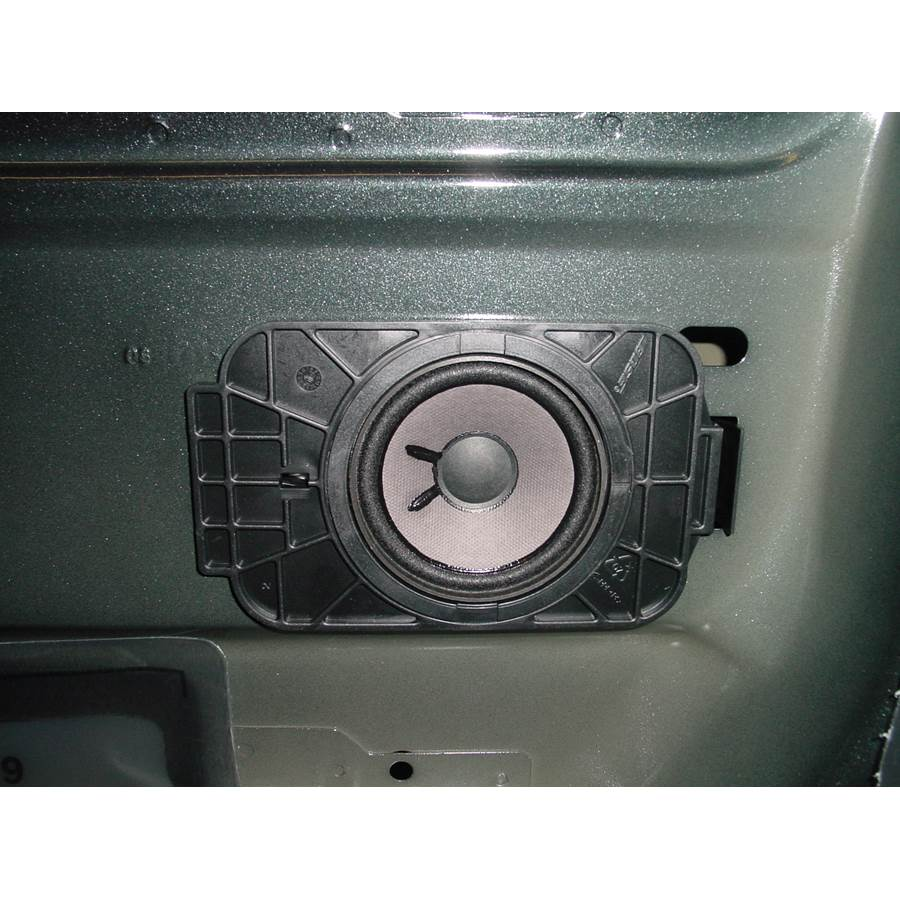 2004 GMC Sierra 2500/3500 Rear door speaker