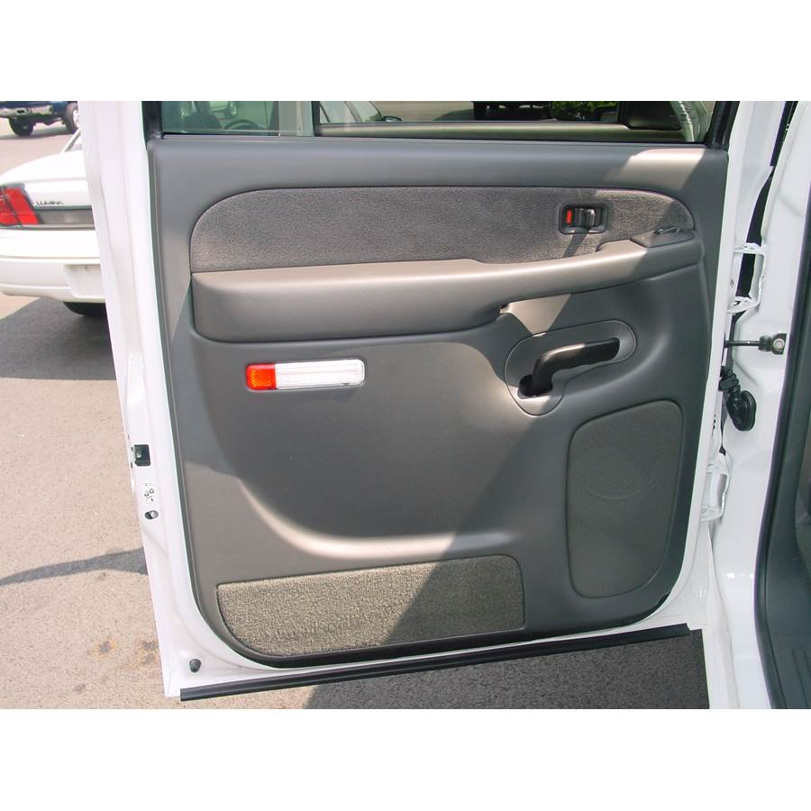 2004 GMC Sierra 2500/3500 Rear door speaker location
