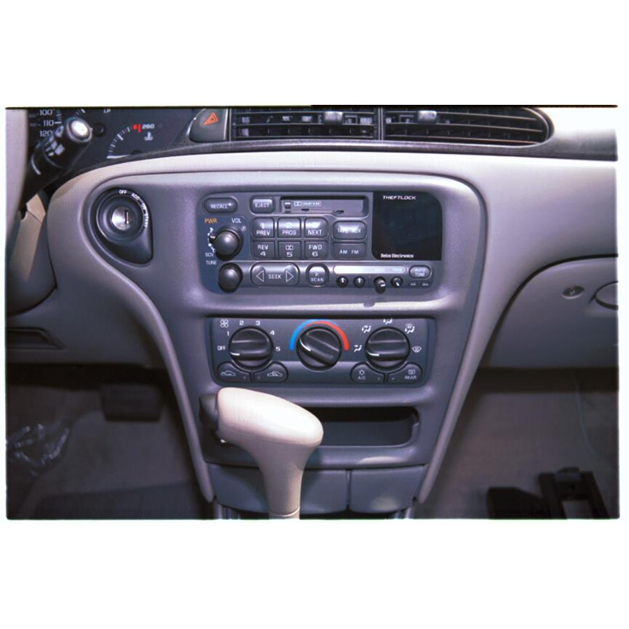 2000 Chevrolet Malibu Factory Radio