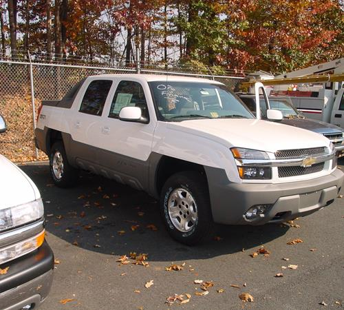 2004 chevrolet avalanche find speakers stereos and. Black Bedroom Furniture Sets. Home Design Ideas