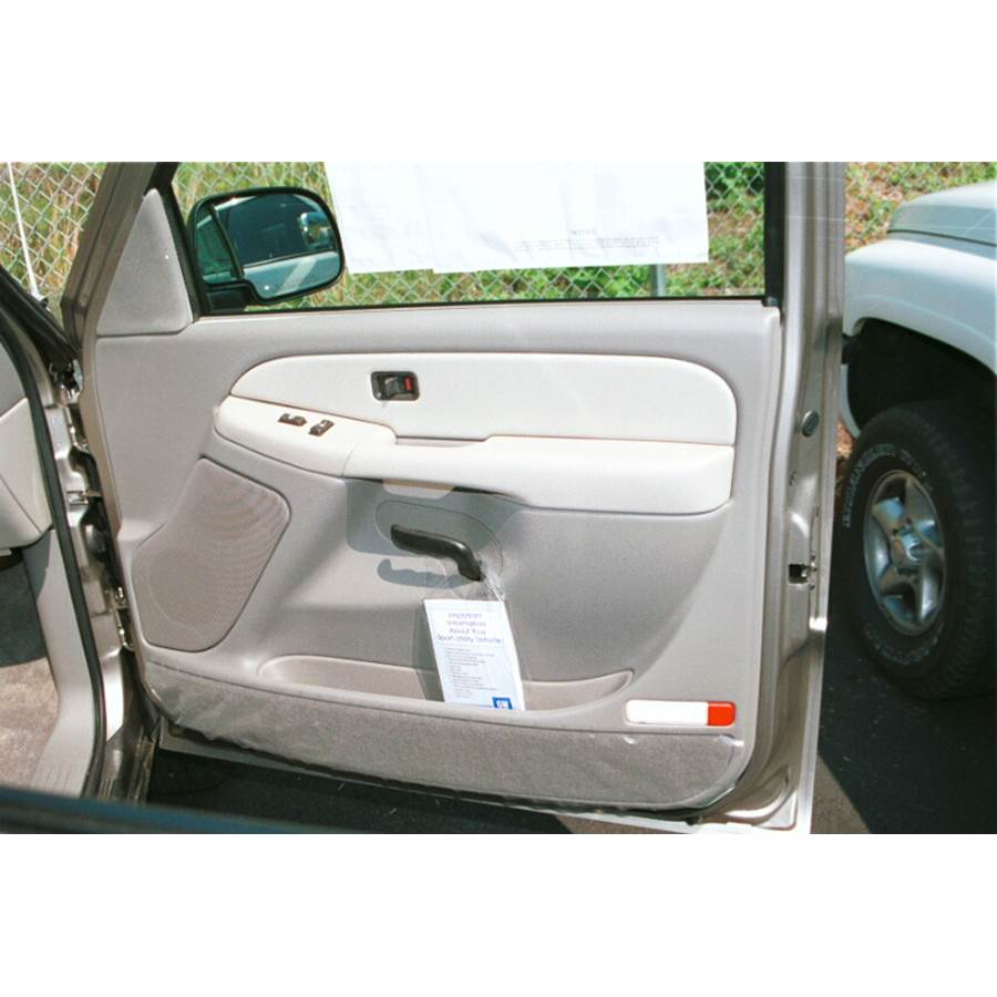 2004 GMC Yukon Front door speaker location