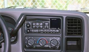 2001 Chevrolet Tahoe Factory Radio