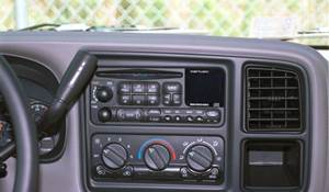 2002 Chevrolet Tahoe Factory Radio