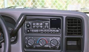 2002 Chevrolet Tahoe Factory Radio
