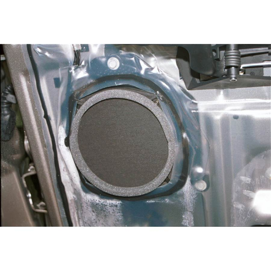 2004 GMC Yukon Rear door speaker
