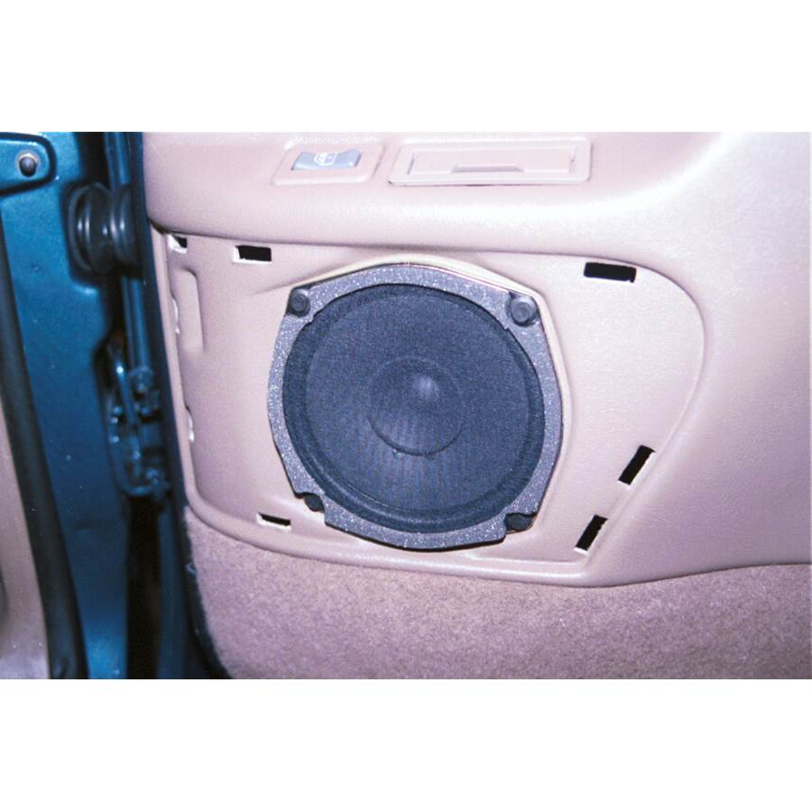 1995 Chevrolet Suburban Rear door speaker