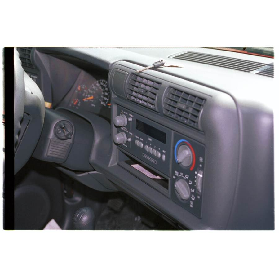 1995 GMC Jimmy Factory Radio