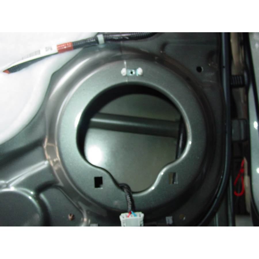 2009 Honda Pilot Rear door speaker removed