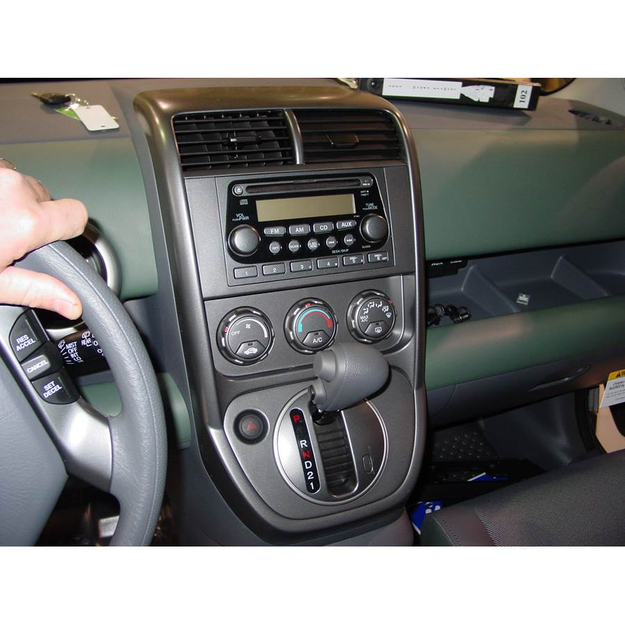 2005 Honda Element Factory Radio