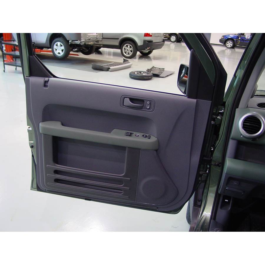 2005 Honda Element Front door speaker location