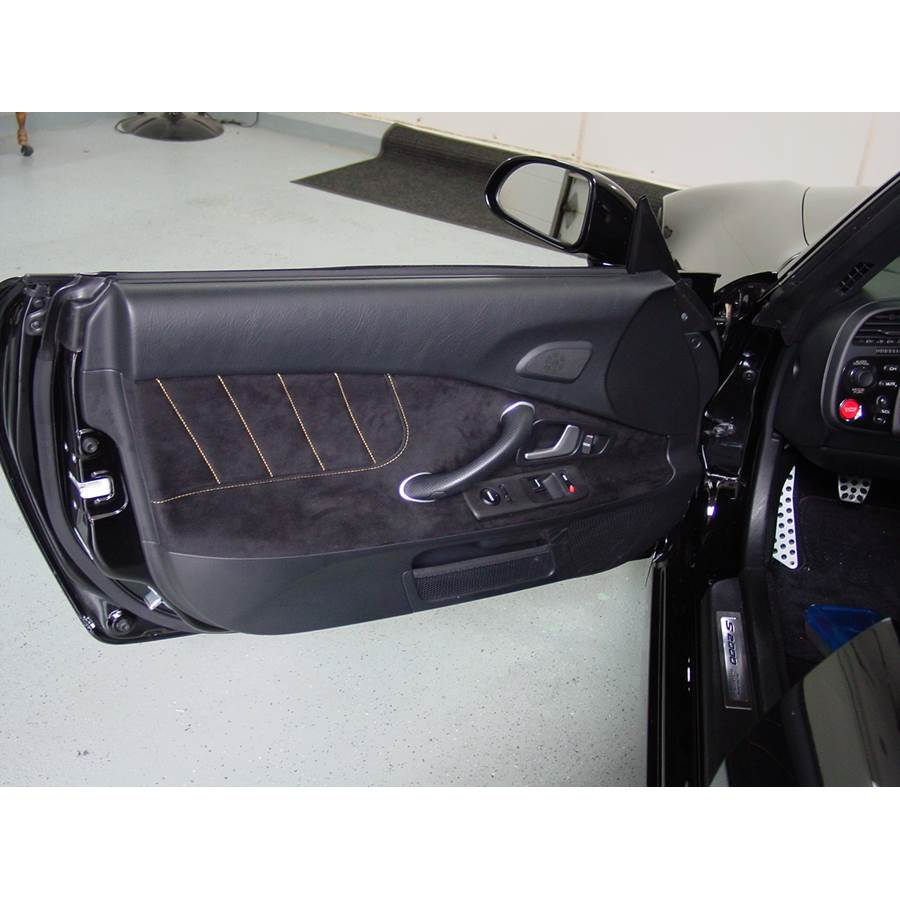 2006 Honda S2000 Front door speaker location