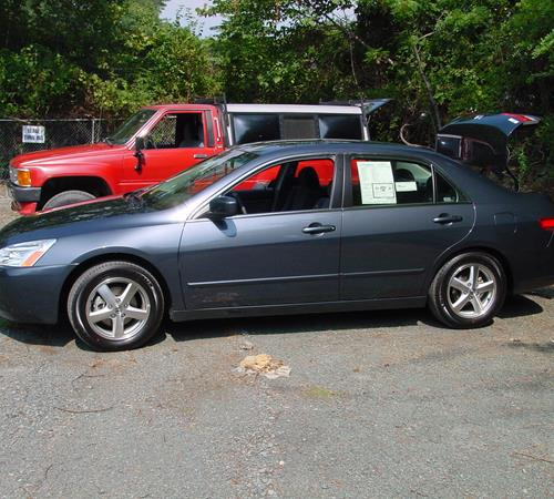 2004 Honda Accord DX Exterior