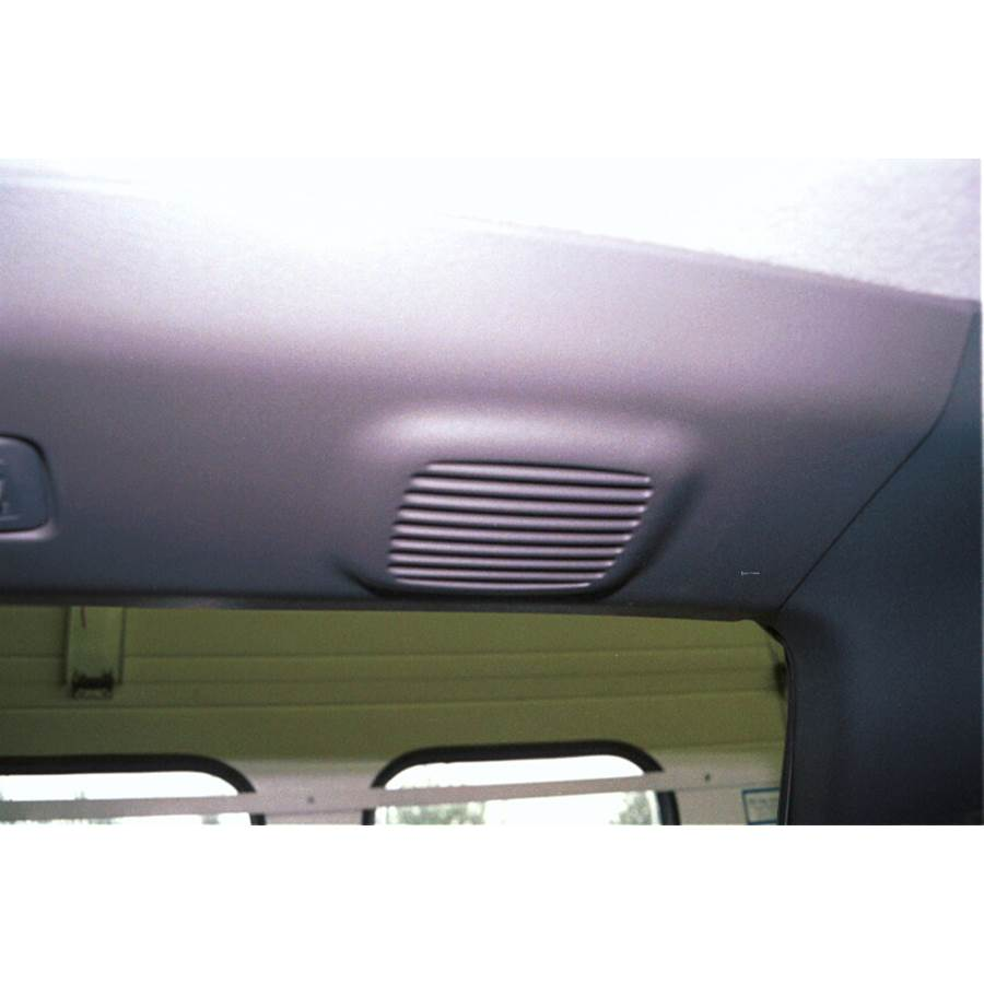 2003 Isuzu Rodeo Rear roof speaker location