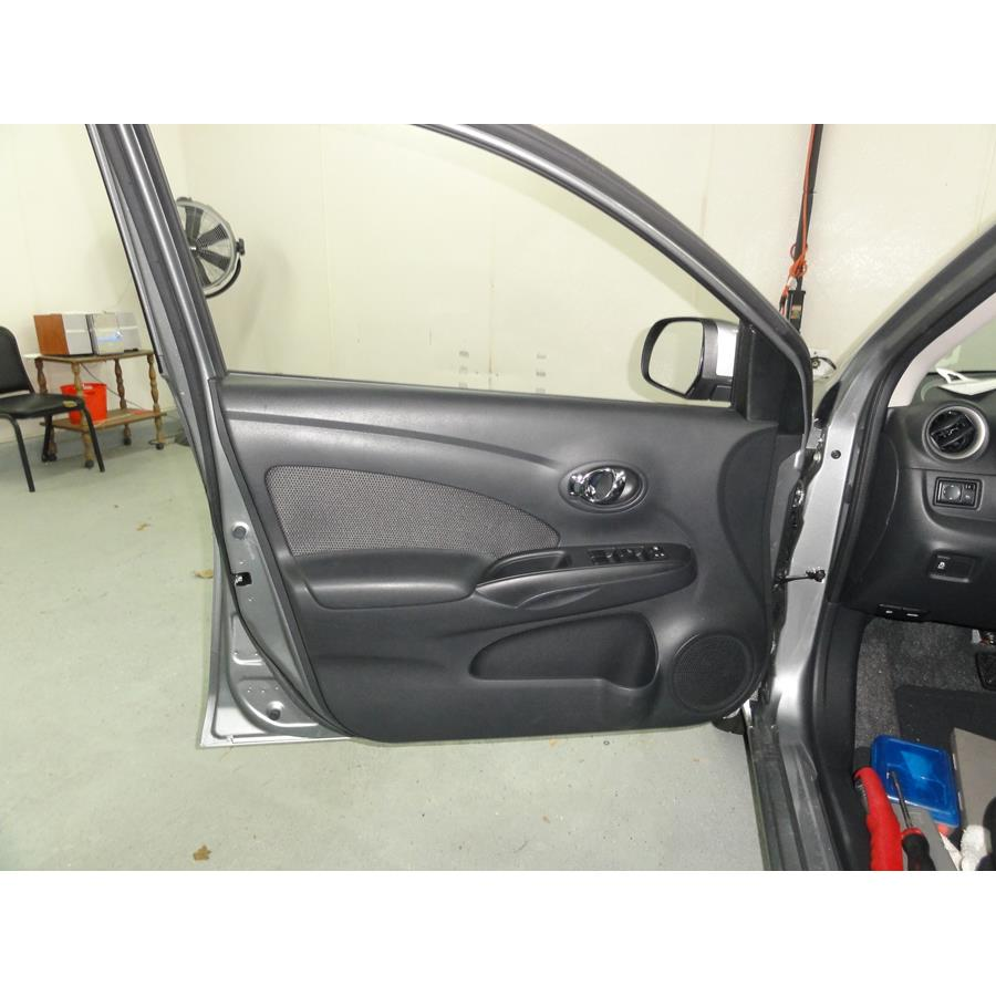 2014 Nissan Versa SV Front door speaker location