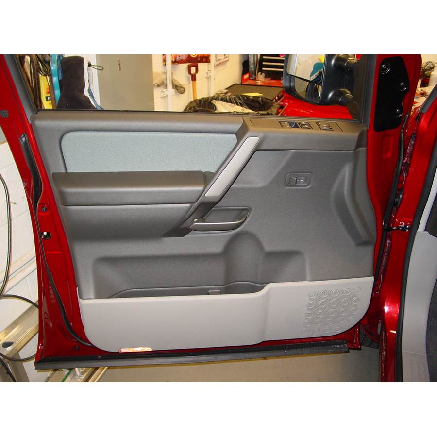 2009 Nissan Titan Front door speaker location