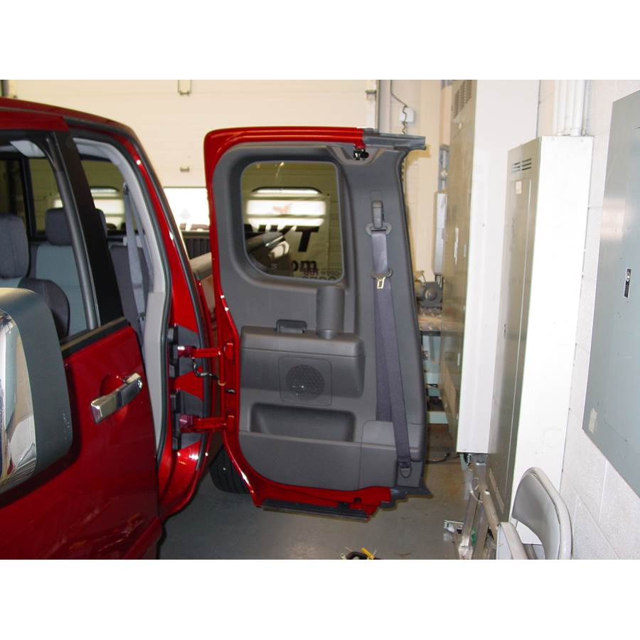 2014 Nissan Titan S Rear door speaker location
