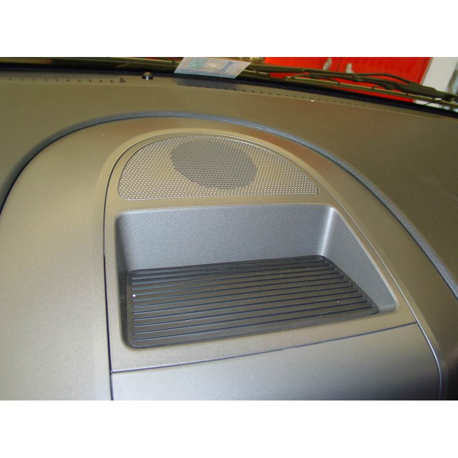 2009 Nissan Titan Center dash speaker location