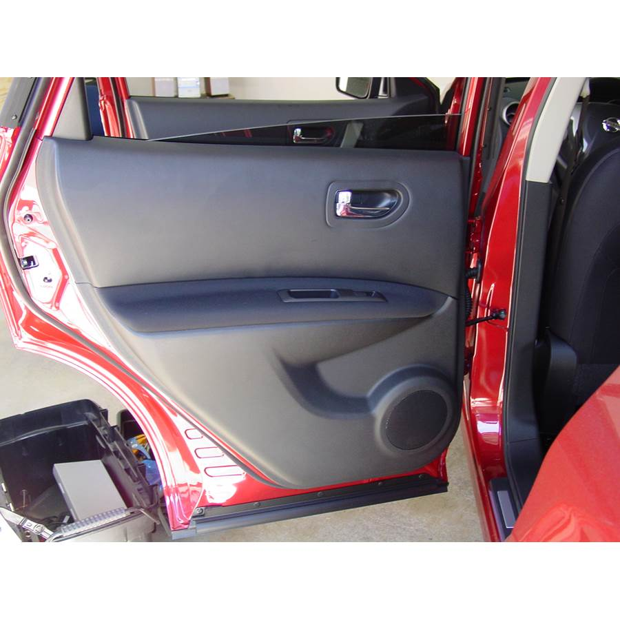 2012 Nissan Rogue S Rear door speaker location