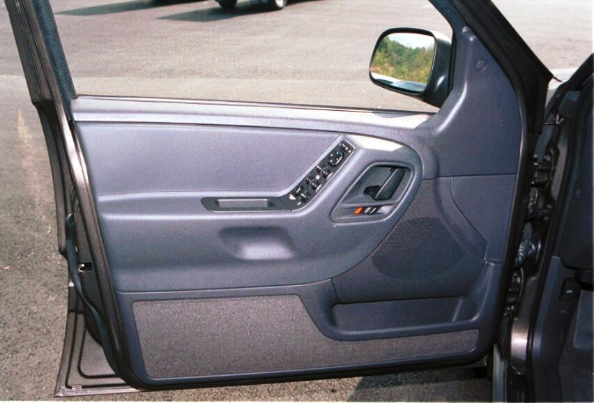 Jeep Grand Cherokee front door