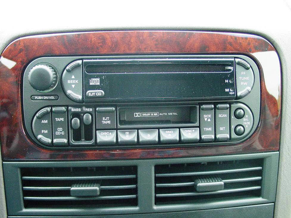 Grand Cherokee factory radio