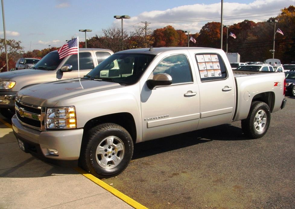 2007 Chevrolet Silverado Crew Cab Crutchfield Research Photo