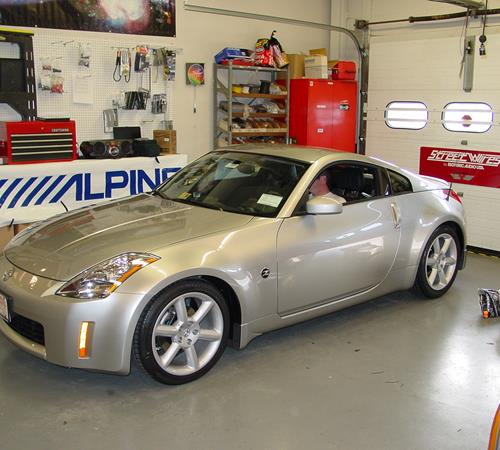 2007 Nissan 350Z - find speakers, stereos, and dash kits