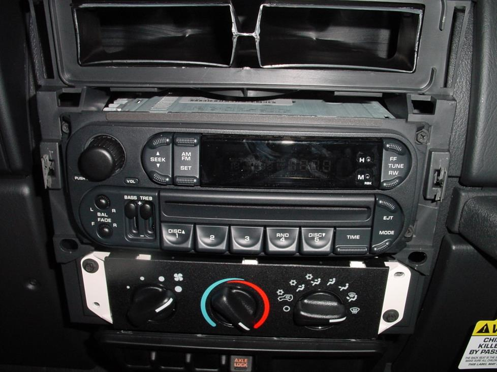 2003-2006 Jeep Wrangler Car Audio Profile
