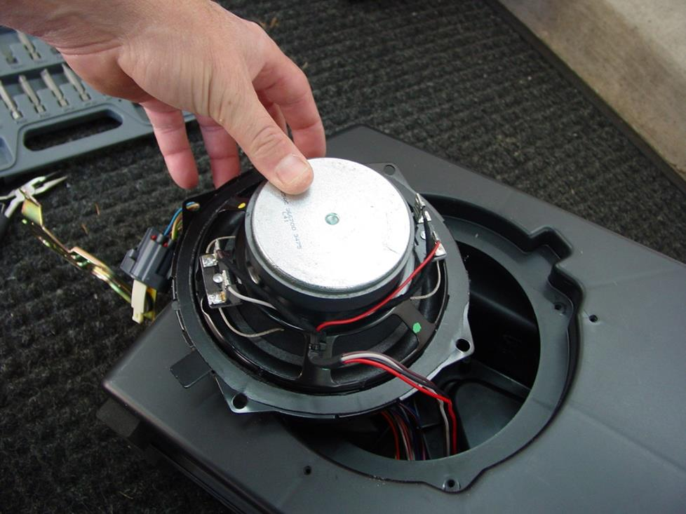 jeep wrangler factory subwoofer