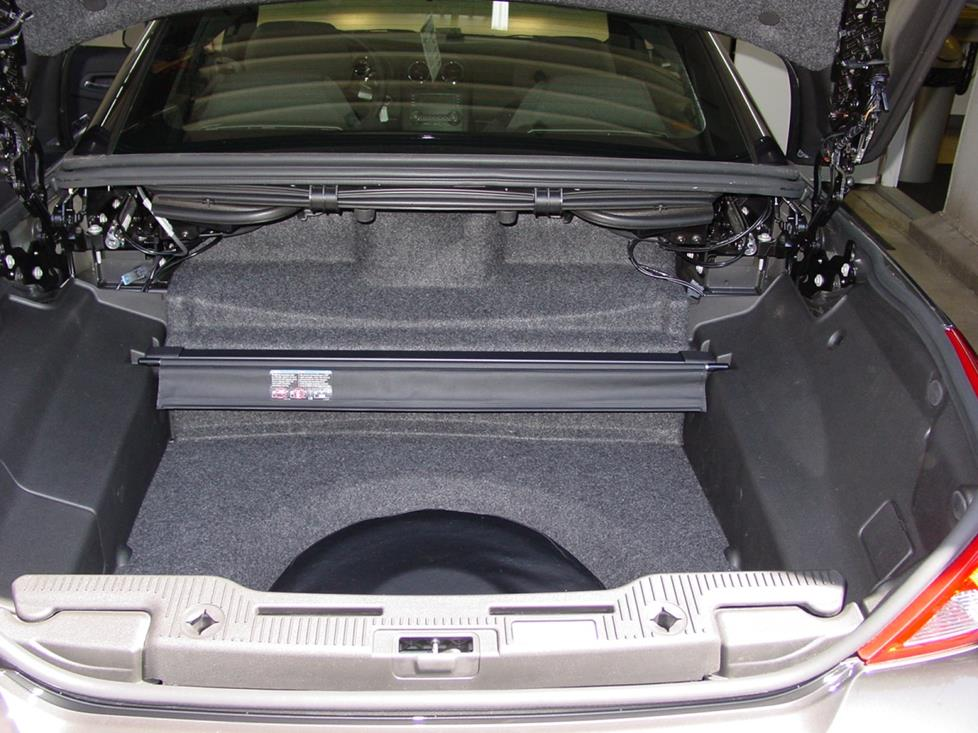Pontiac G6 sedan trunk