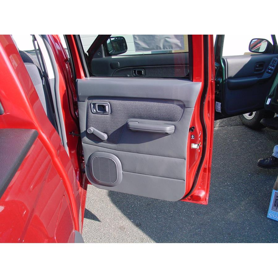 2001 Nissan Frontier Rear door speaker location