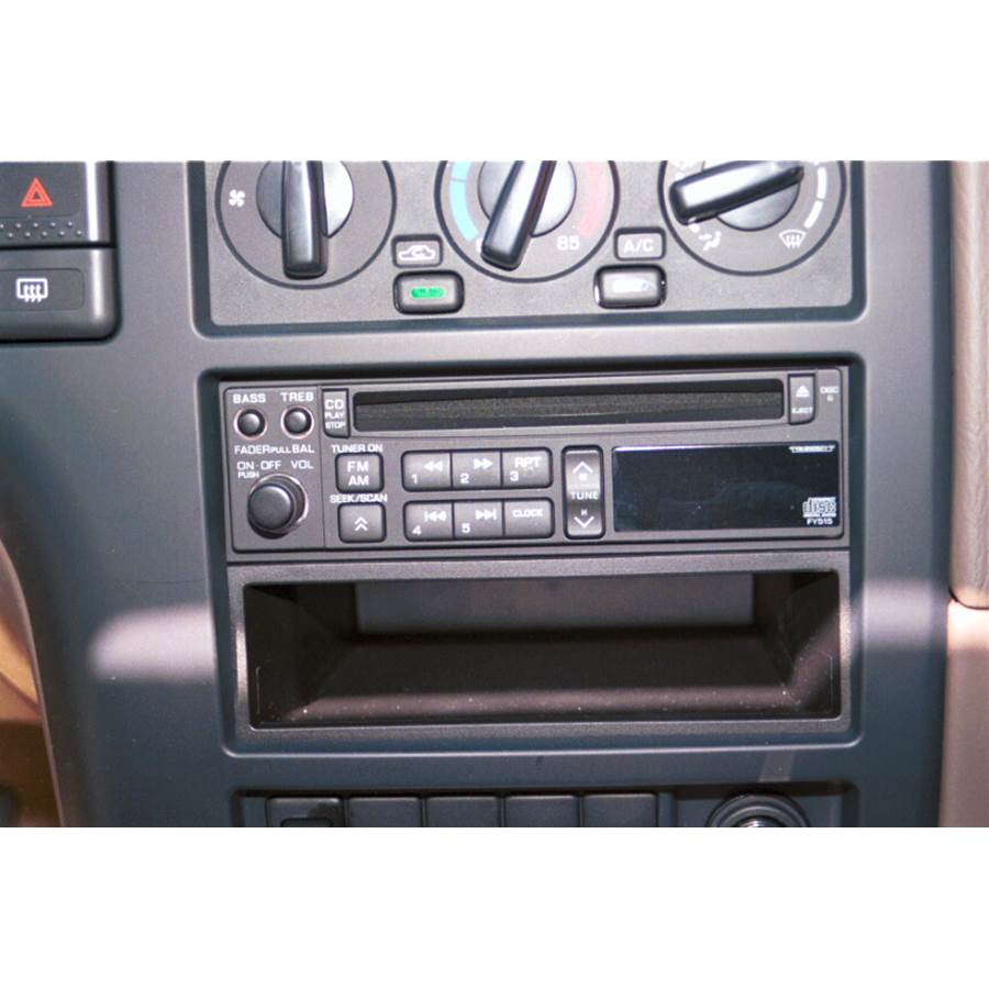 1999 Nissan Pathfinder Factory Radio