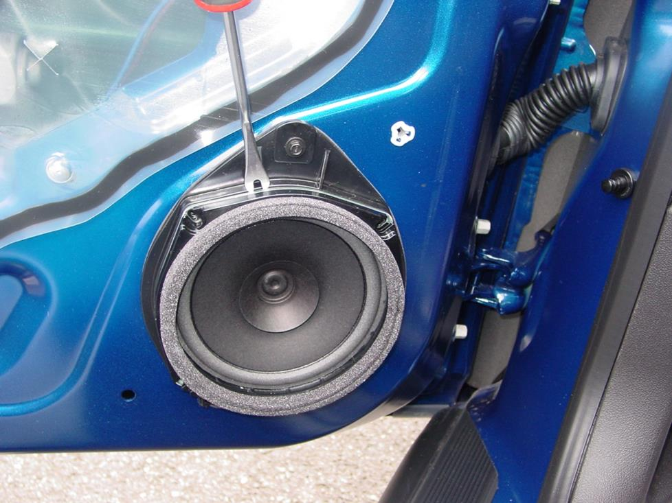 Chevy Cobalt Factory Door Speaker