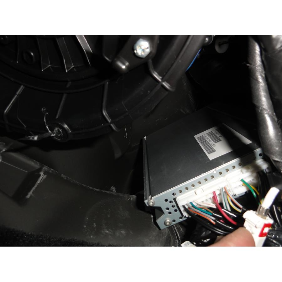 2014 Dodge Avenger Factory amplifier