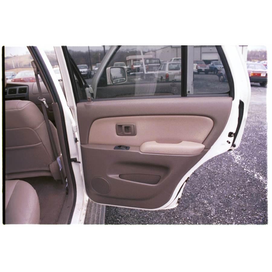 2000 Toyota 4Runner Front door speaker location
