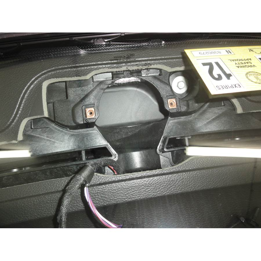 2011 Dodge Durango Center dash speaker removed