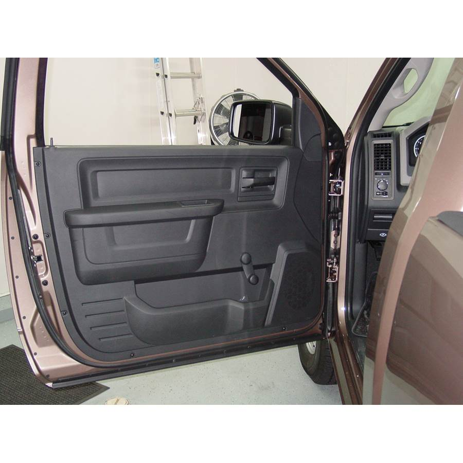 2010 Dodge Ram 5500 Front door speaker location