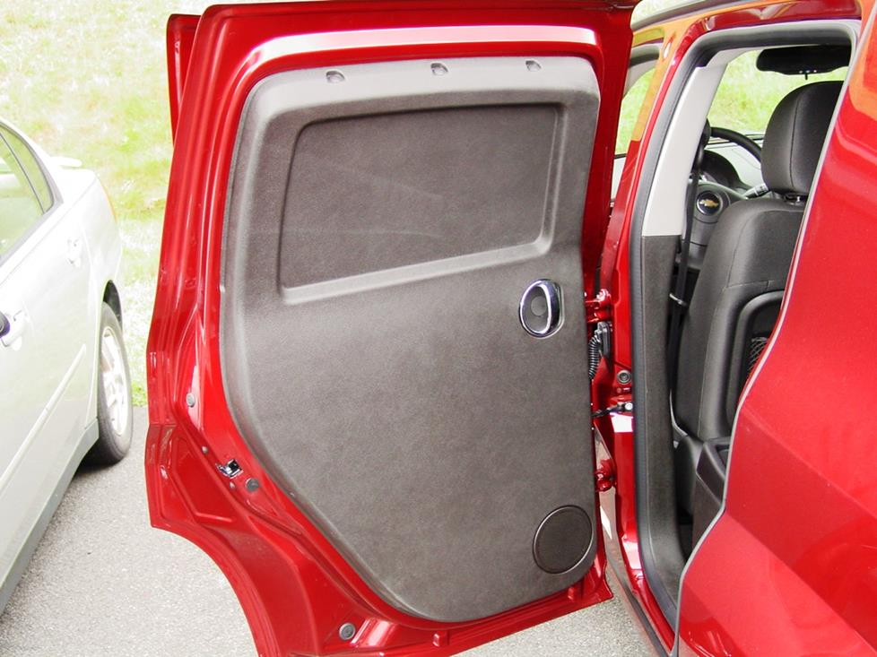 The HHR panel wagon's rear door