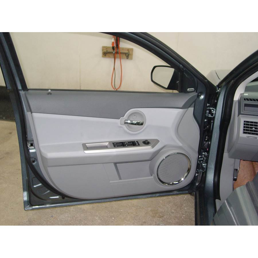 2009 Dodge Avenger Front door speaker location