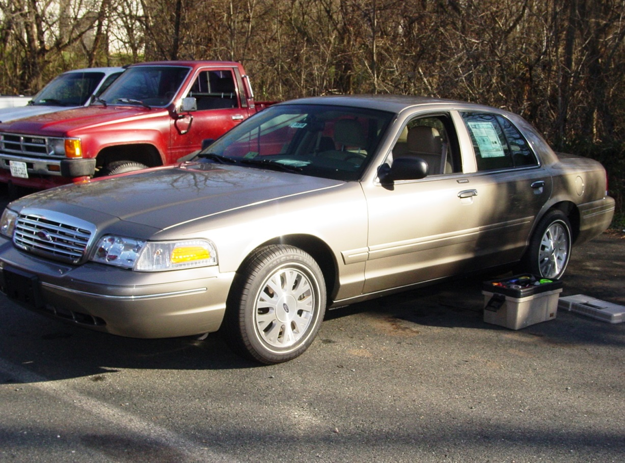 2003-2011 Ford Crown Victoria and Mercury Grand Marquis ...