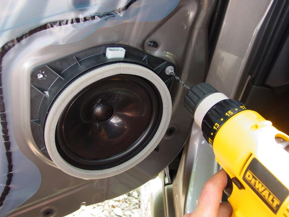 How To Install New Audio Gear In Your 2004 2006 Scion Xb