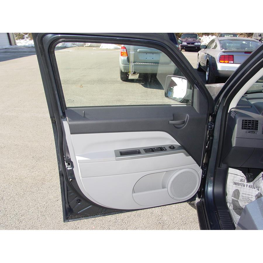 2008 Jeep Patriot Front door speaker location