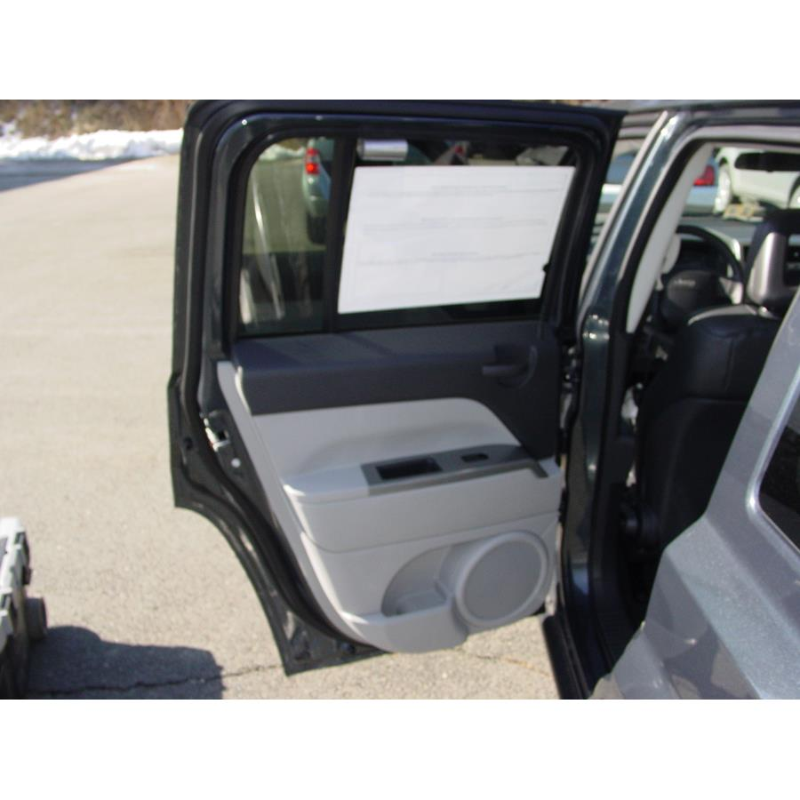 2008 Jeep Patriot Rear door speaker location