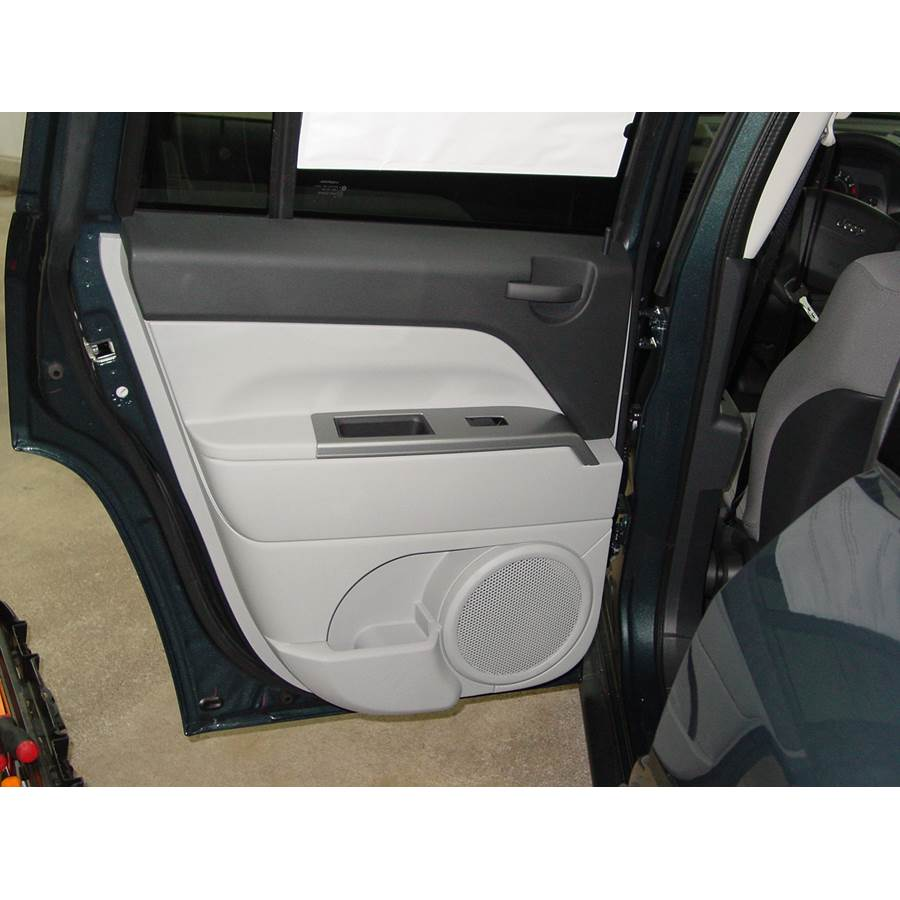 2015 Jeep Compass Rear door speaker location