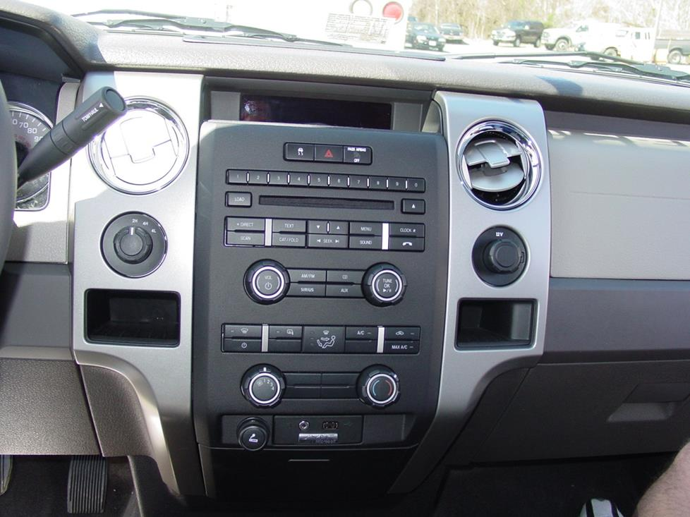 Ford F-150 CD player