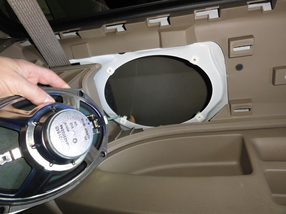 VW Routan rear side speakers