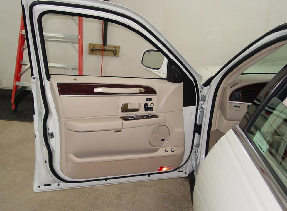 lincoln town car profile lincoln town car front door