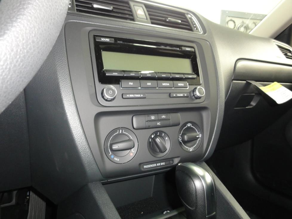 2011-2016 Volkswagen Jetta Sedan Car Audio Profile