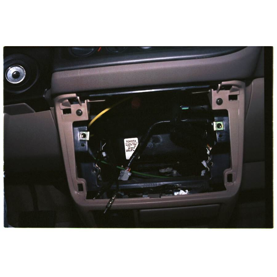 1999 Toyota Sienna Factory radio removed
