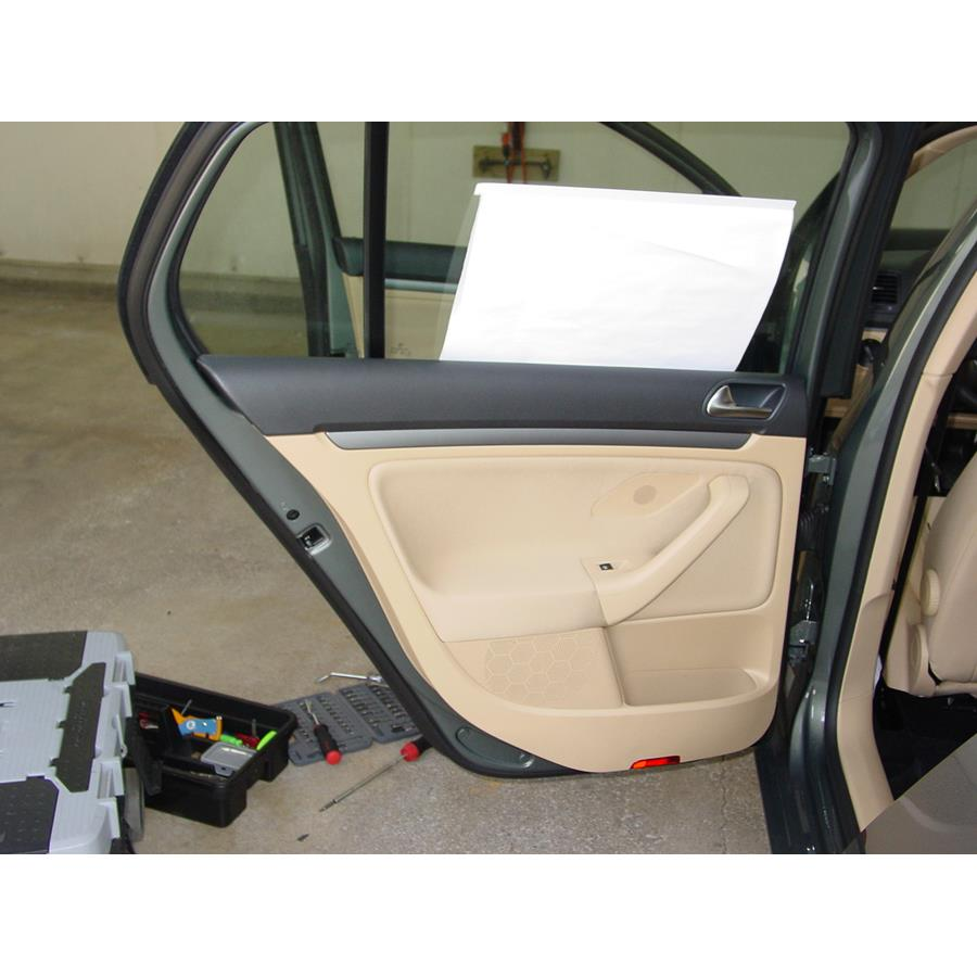 2008 Volkswagen Rabbit Rear door speaker location
