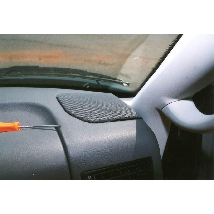 2001 Volkswagen Eurovan Dash speaker location